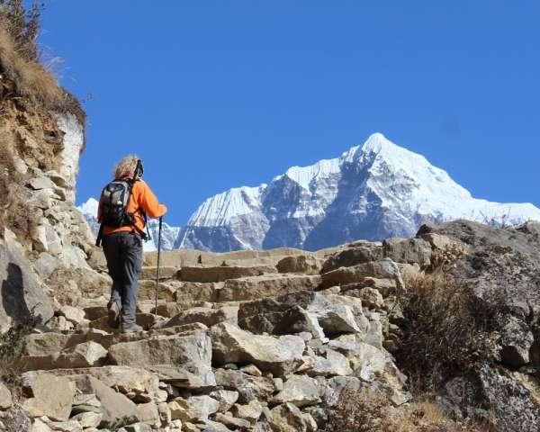 Adventure holiday trekking compani in nepal.