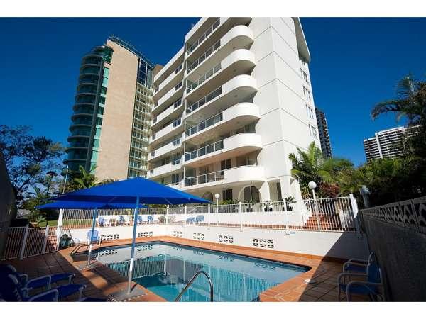 Carlton apartments ? holiday accommodation