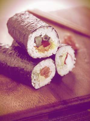 Delicious brown rice sushi in melbourne