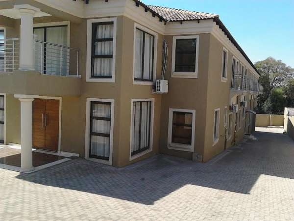 Pictures of Guest house in south africa(+27738796707) 2