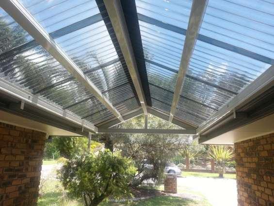 Gable patio roof design