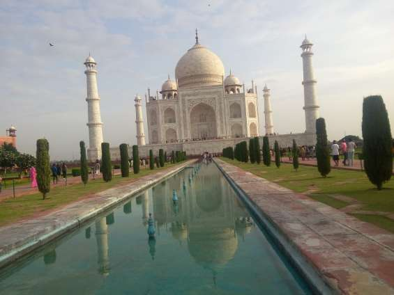 India tour packages with experienced guide