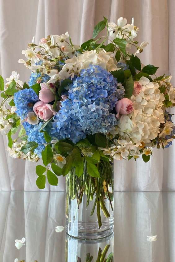 Melbourne corporate floral decors at affordable prices | antaeus flowers