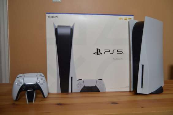 Playstation 5 (ps5) with disc drive including controller